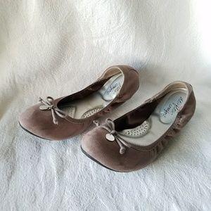 dexflex comfort taupe flats size 8W, #S18